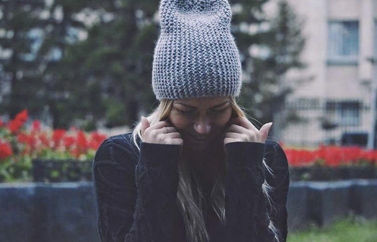 На фото та самая шапочка бини Цена ее 1000 рублей. ОГ 52 ...