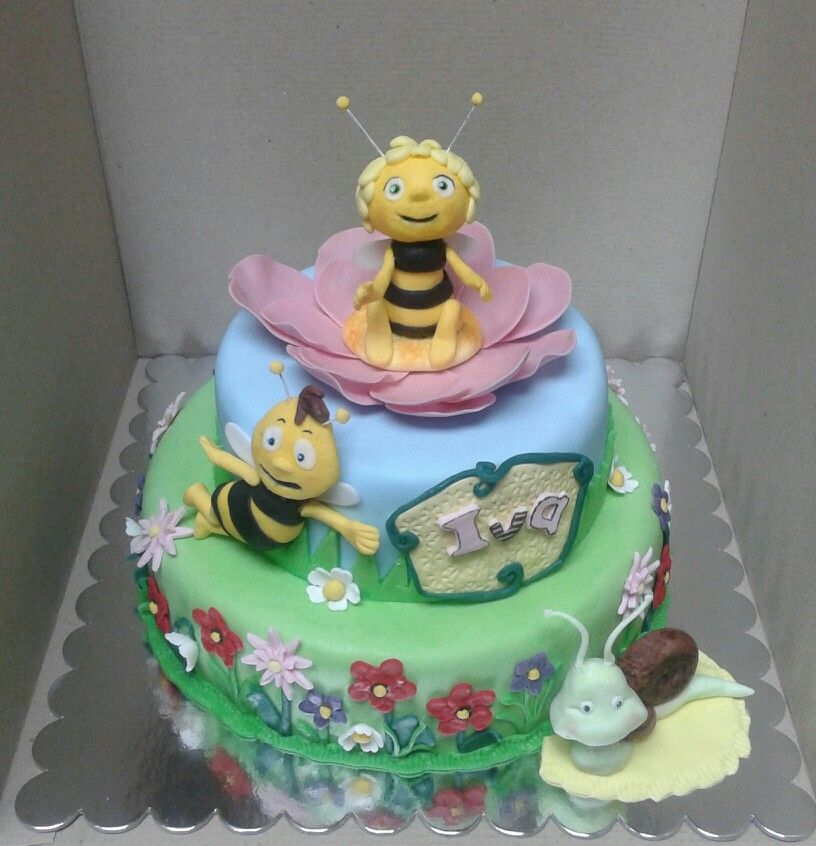 Maya bee cake