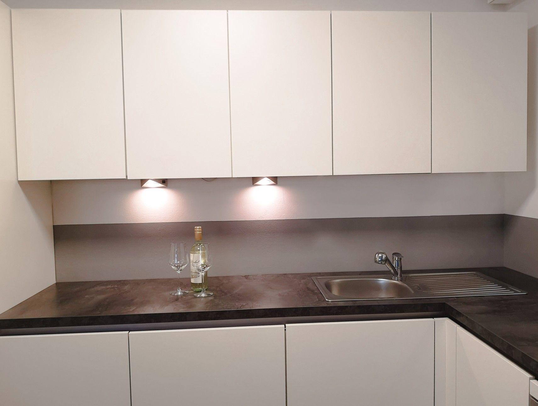 Küchenrückwand  Küchenrückwand, Küche, Latexfarbe