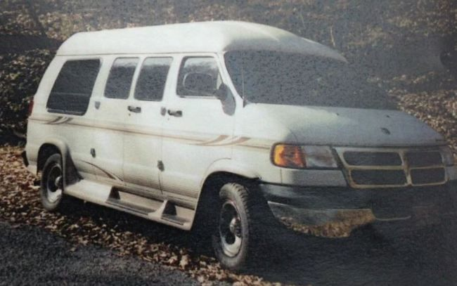 Gary Simpson Is Believed To Be Driving A White 2002 Dodge Conversion Van With Tennessee License