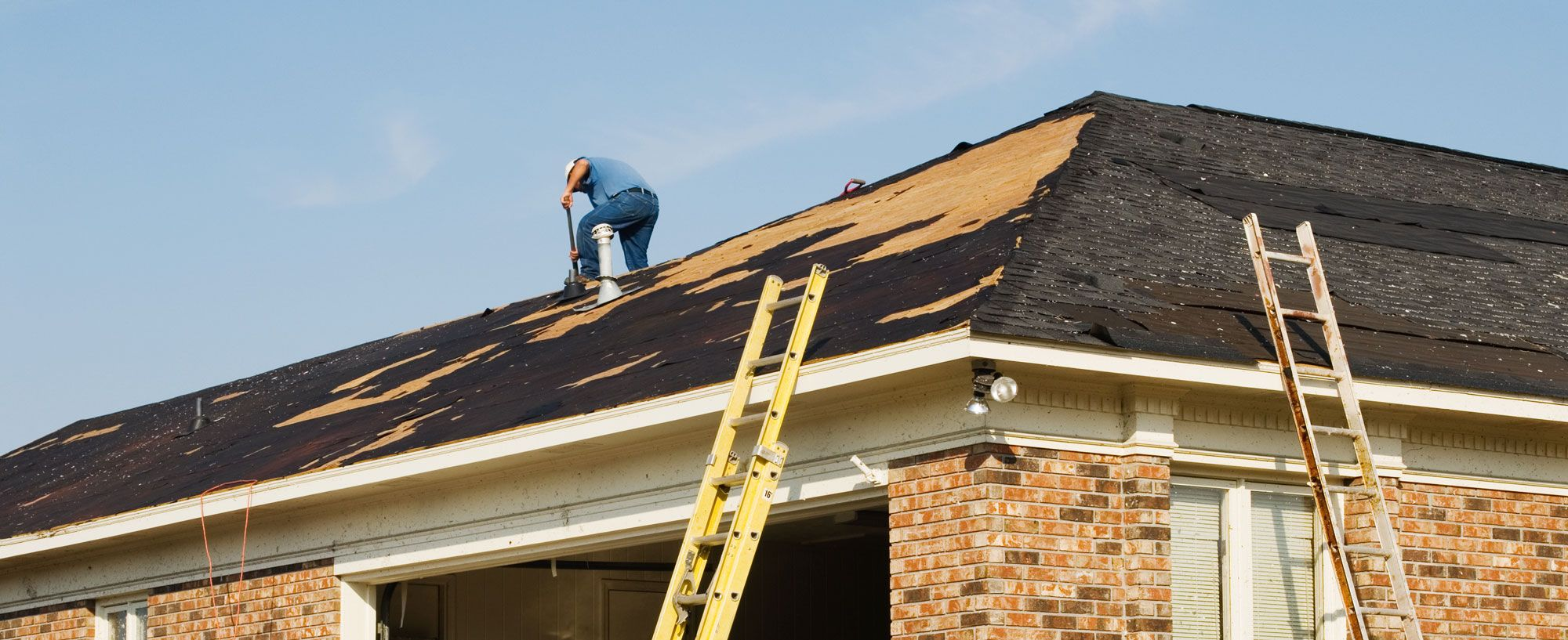 Texas Roofing Leak Repair Provides A Full Range Of Roofing Services For Home And Business Owners That Include Licensed Roof Repair Roofing Services Roofing