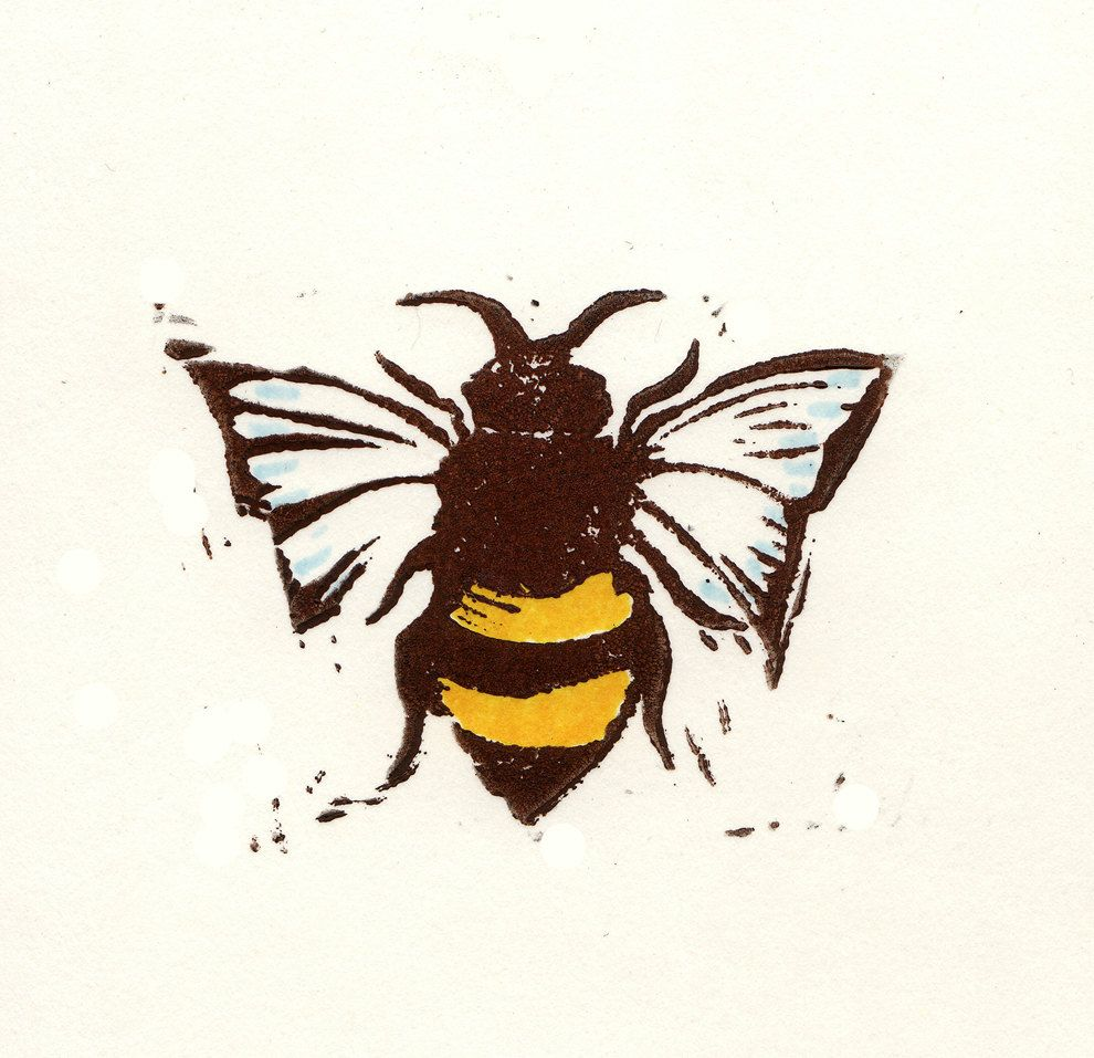 bees with tiny flower crowns art pinterest tiny flowers