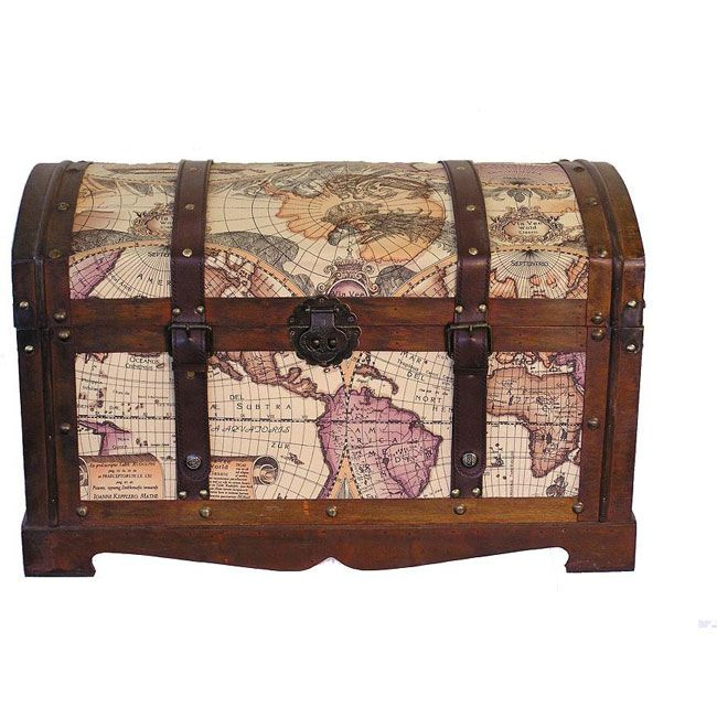 This Beautiful Wood Trunk Features Old Fashioned Hardware For An Antique  Look. The Decorative Treasure