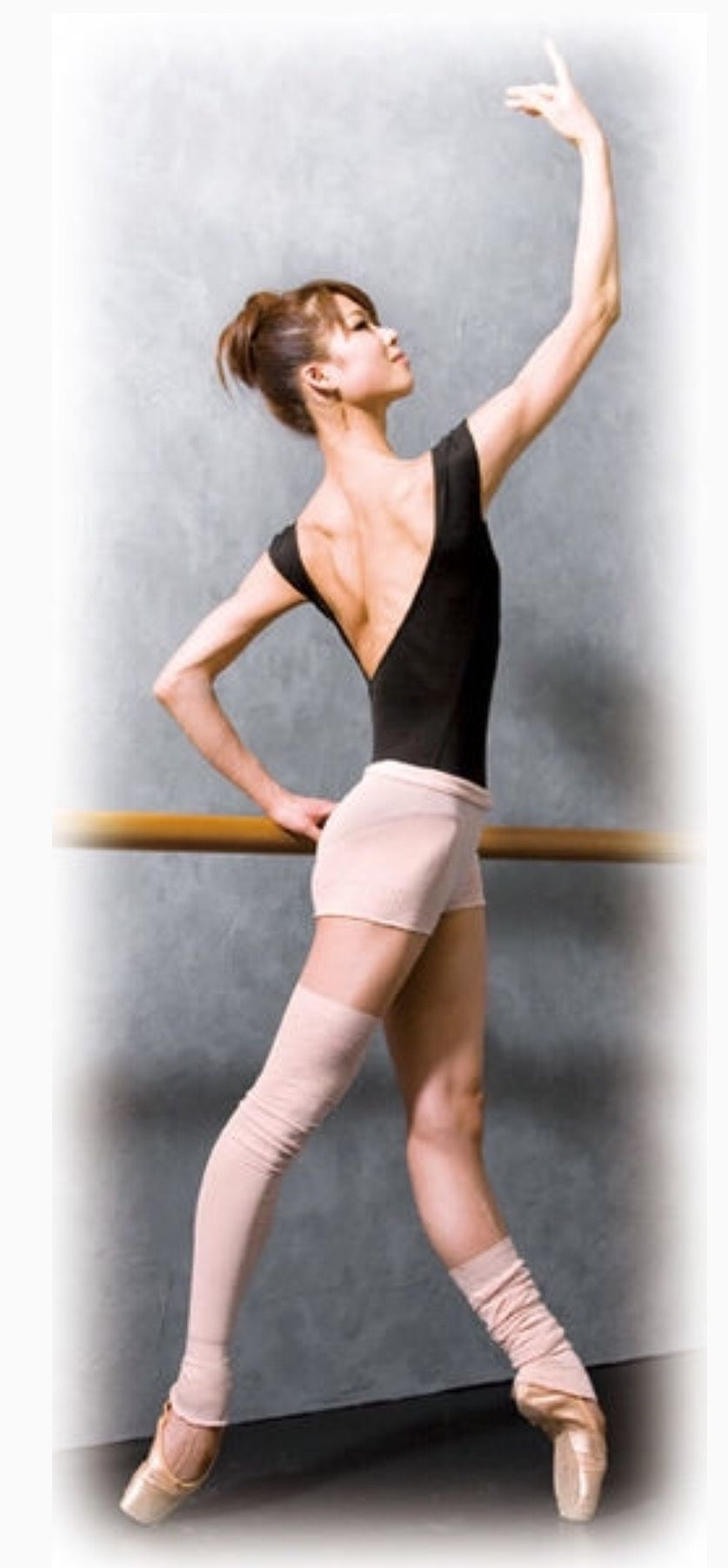 バレエ,バレリーナ,足の甲,甲を出す方法,綺麗,美しい,高い,甲出し,足の裏,鍛え方,ほぐし方,シルヴィー・ギエム,スヴェトラーナ・ザハロワ,中村祥子