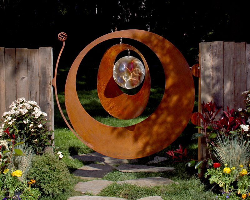 Windcatcher Gate 45 W Rusty Steel Outer Middle Body With Stainless Steel Wind Catcher Center Deco Jardin Idees De Cloture
