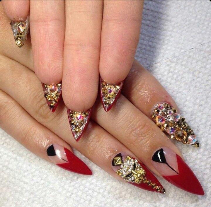 Red Stiletto Acrylic Nails w/ Rhinestones | Nailsbymztina | Nails 2 ...