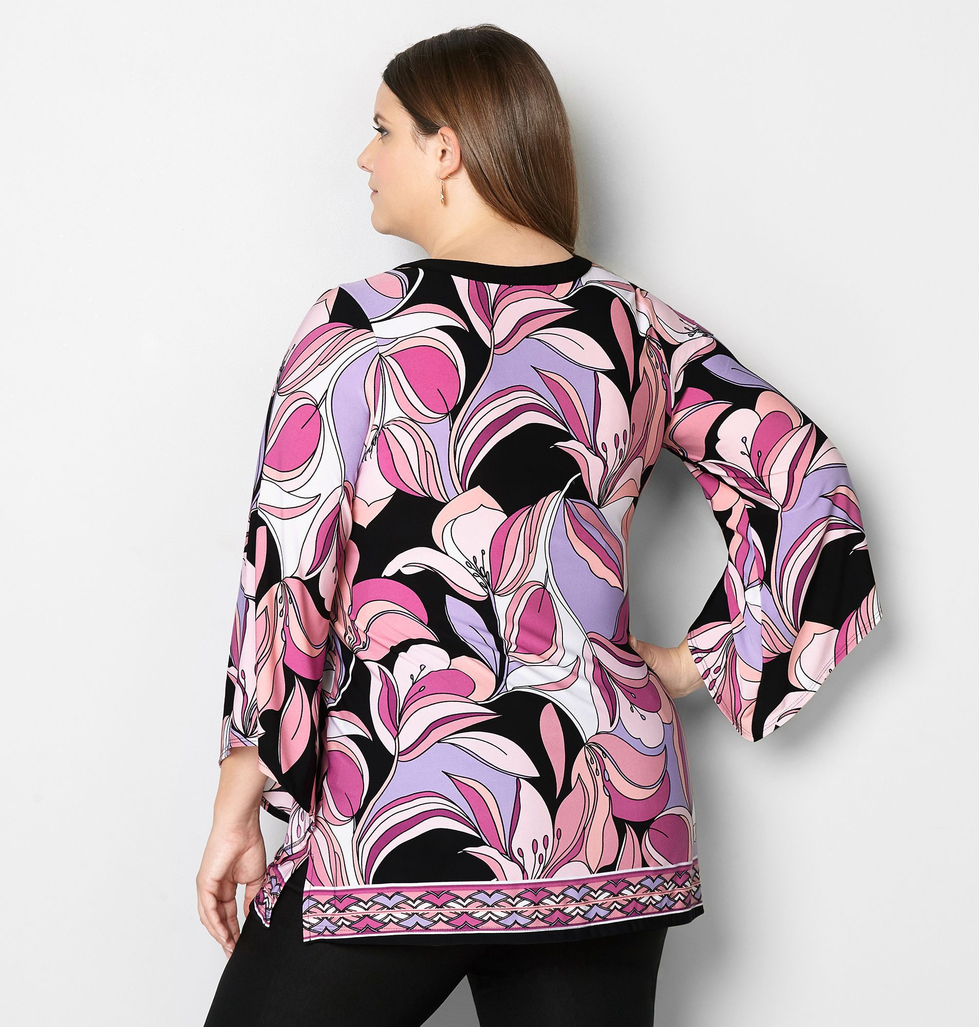 90be4bd4862 Plus Size Fashions · Groovy Flower Border Top - Avenue