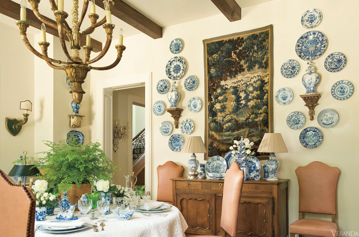 Decorating With Blue And White China: Blue And White Porcelain: The Always-Fashionable Color