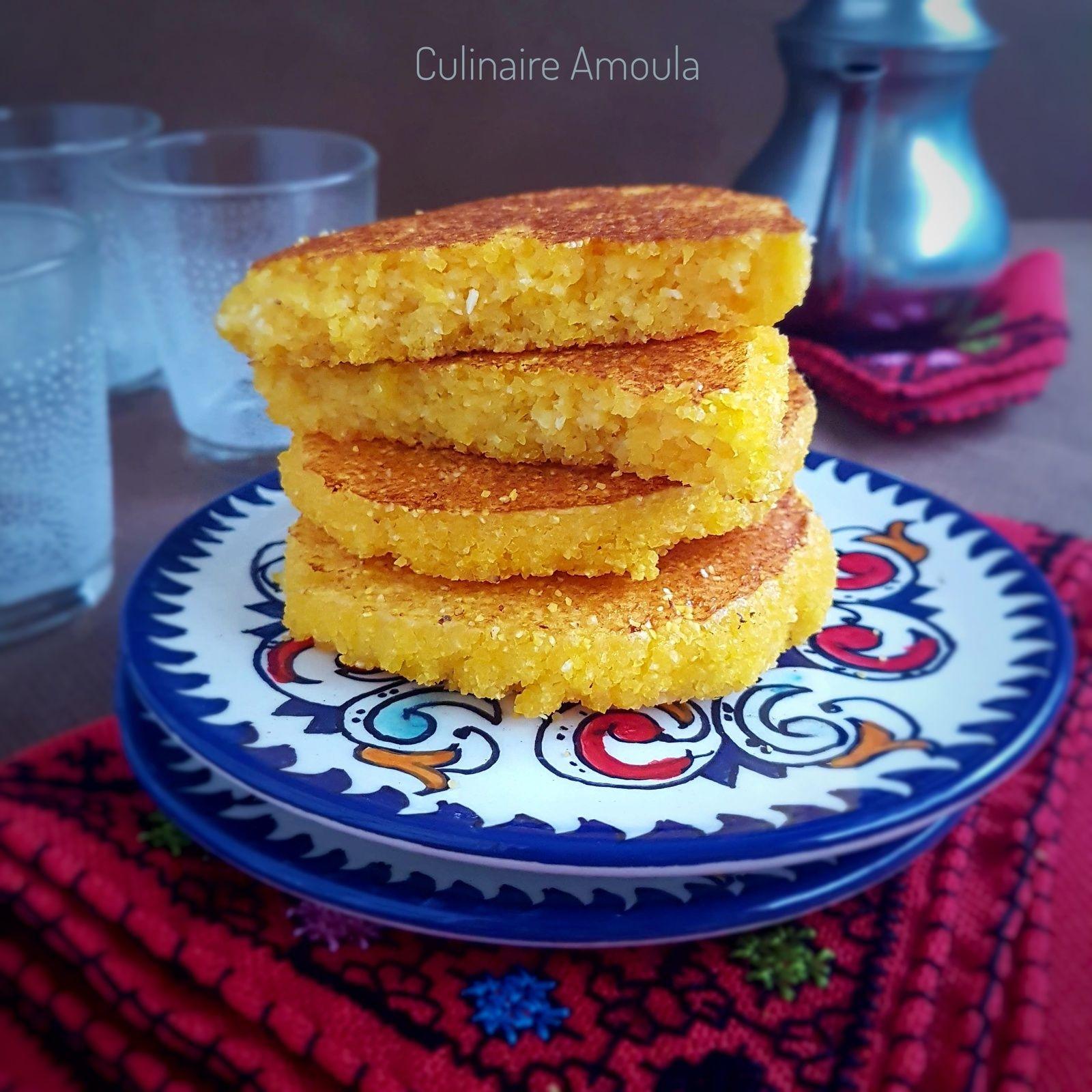 Harcha à la semoule de maïs | Recette dessert, Semoule ...