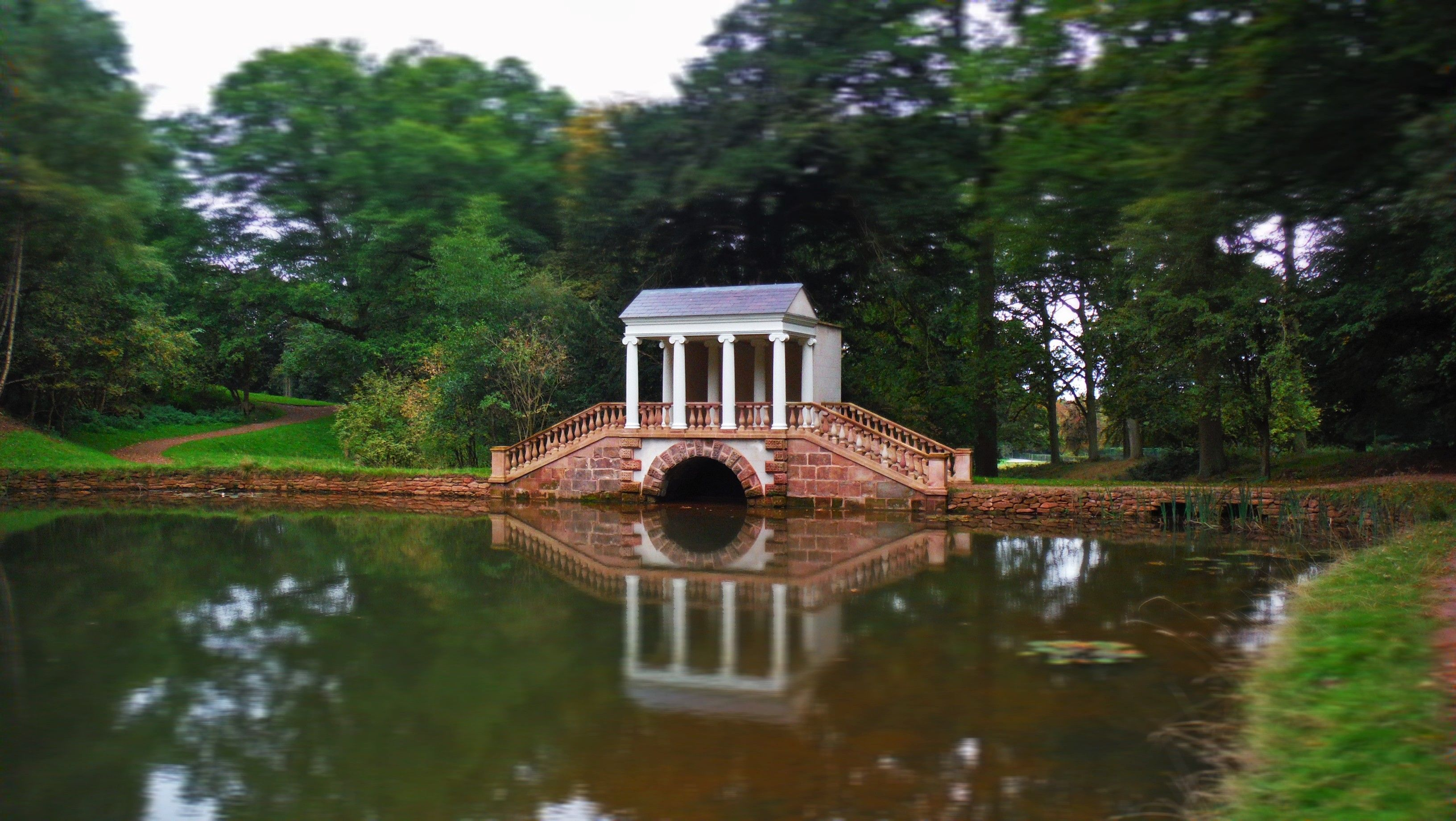 Restored 18th Century Palladian Bridge At Hagley Hall Worcestershire Royal Ancestry British Colonies House Styles