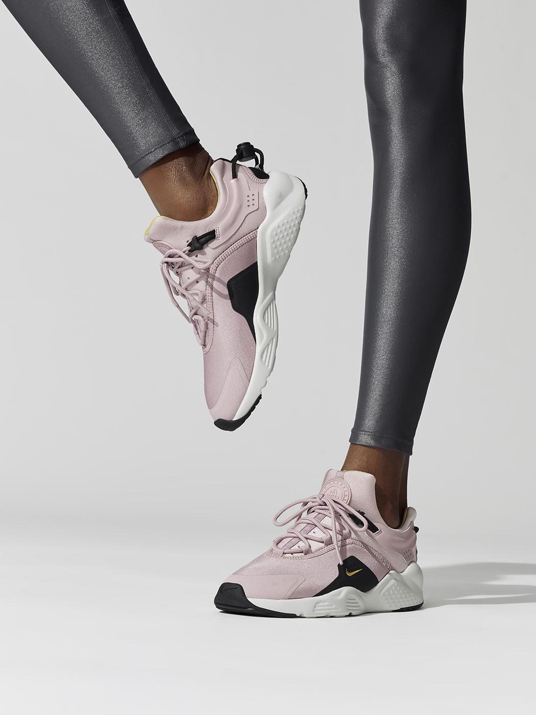 Women's Nike Air Huarache City Move in