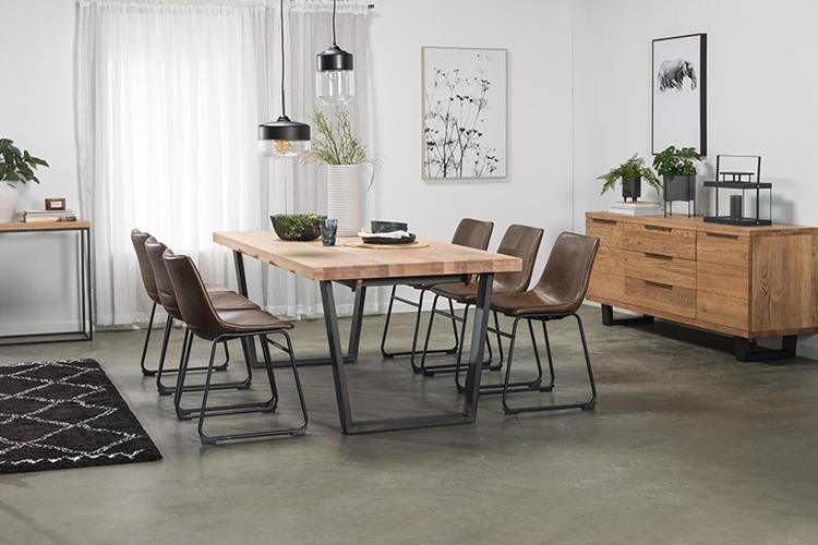 Calia spisebord Kjøkkenbord og spisebord Skeidar i 2020