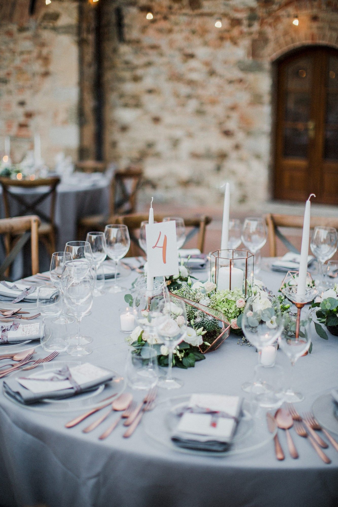 rose gold wedding theme. wedding in tuscany | wedding