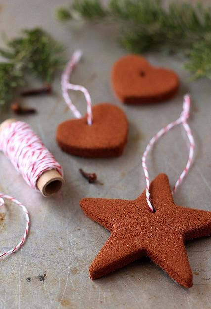 These Homemade Cinnamon Ornaments will make your Christmas