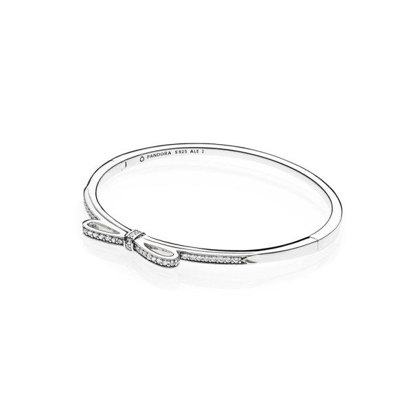 18bdcd982 The Fashion Editor's Guide to Valentine's Day Jewelry | Glass ...
