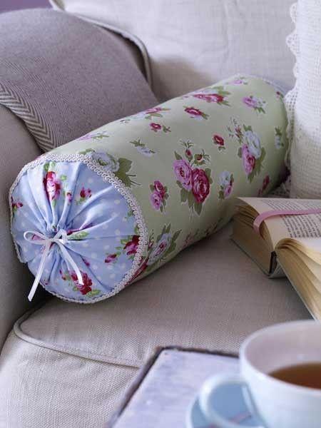 die 40 sch nsten diy ideen f r 2013 diy ideen kissen und n hen. Black Bedroom Furniture Sets. Home Design Ideas