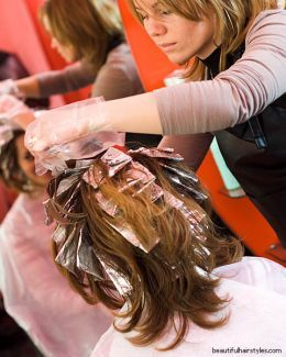 Hairdressing How-To: Putting Foils in Hair—Tips, Tricks, Advice, and ...
