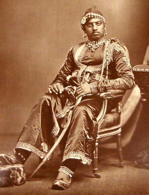 Local fashion: Jewelry and dress of the Maharajahs of India,Maharajah of Udaipur, 1877