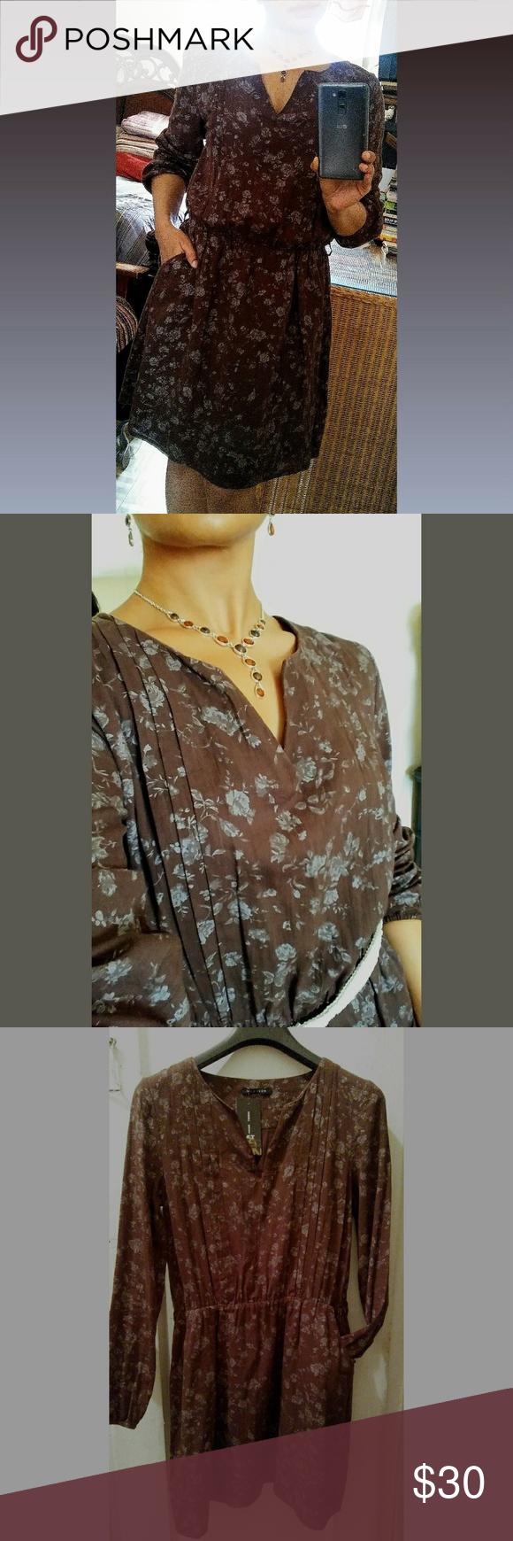 Hp hickory dress w silver flowersbonus belt collar dress