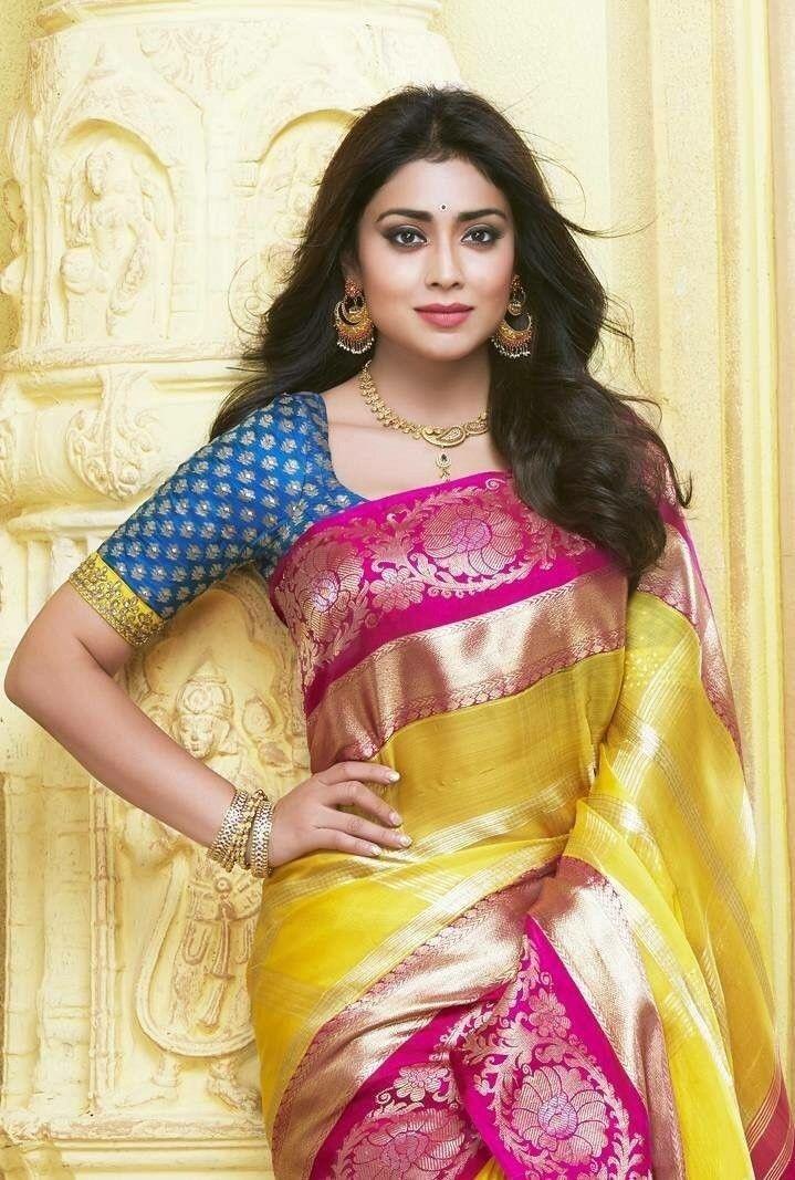 Shriya Saran   Bollywood actresses   Saree, Saree dress ...