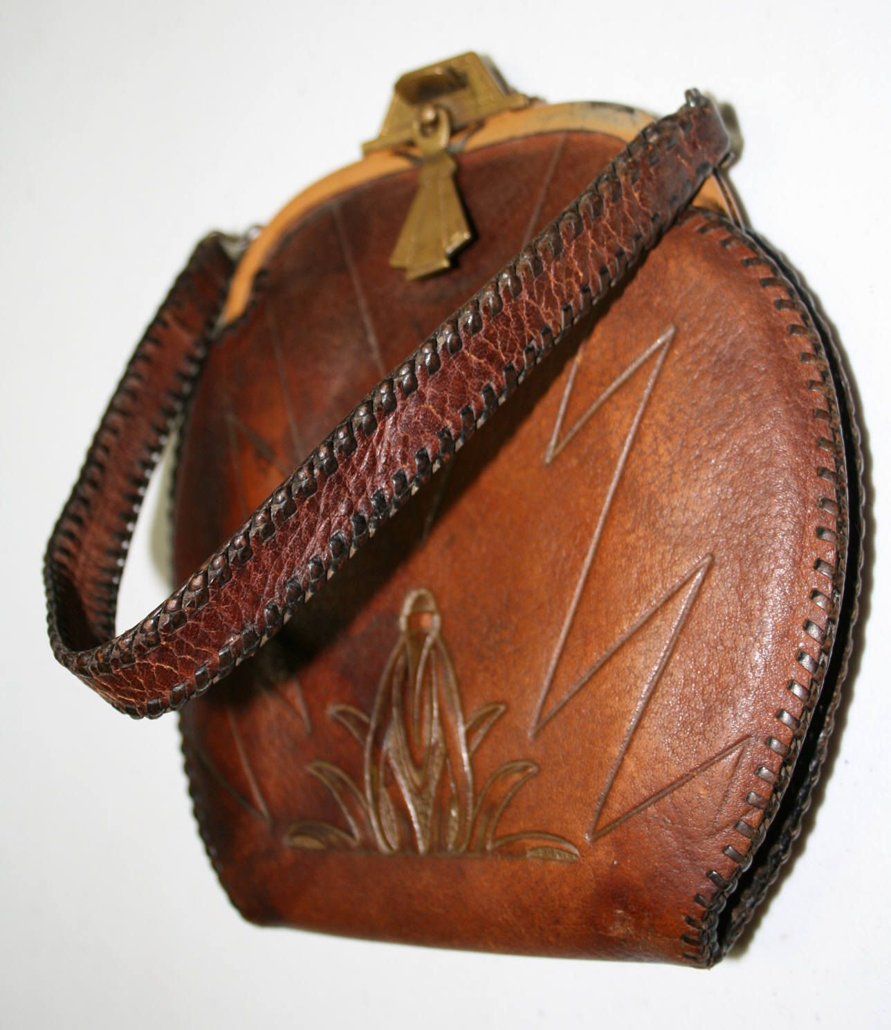 Meeker Made Arts and Crafts Leather Hand Tooled Purse