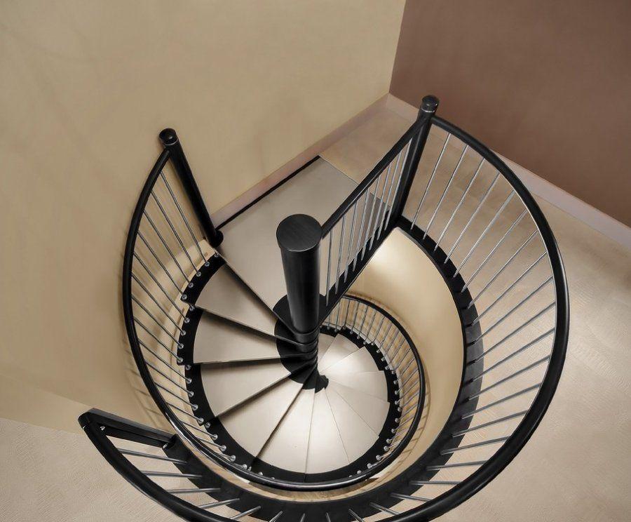 Escalier Colimacon En Bois Teinte Et Inserts Inox Brosse Escalier