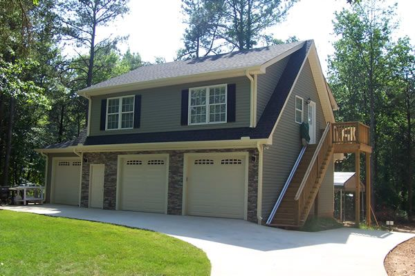 3-Car Garages | this is a 28 32 3 car garage with a full one ...
