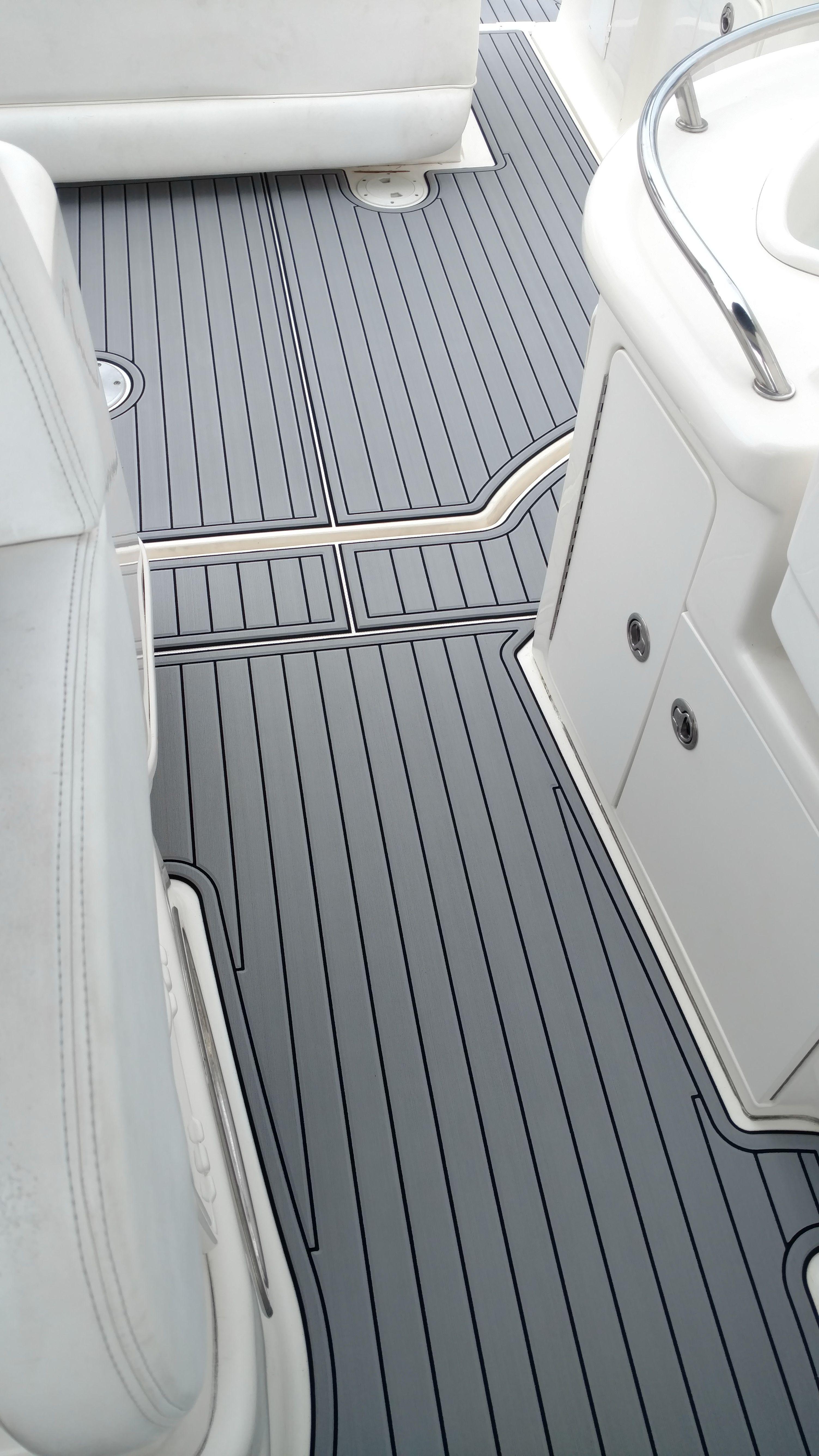 Square 15 x 15 SeaDek Boat Flooring Non Slip Deck Pad Self Adhesive