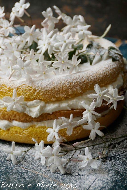 jasmine labne sponge cake wildkr uter desserts edible plants sweets torten essbare bl ten. Black Bedroom Furniture Sets. Home Design Ideas