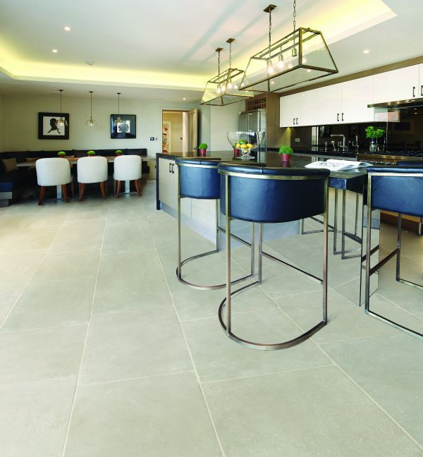 Eiffel Grey Limestone In A Tumbled Finish These Tiles