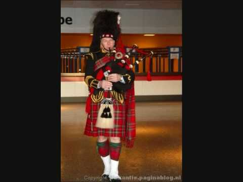 Funeral - Scottish - Bag Pipes and Drums - Amazing Grace   I