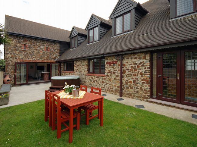 Our AOTW this week is North Cornwall and our chosen cottage is