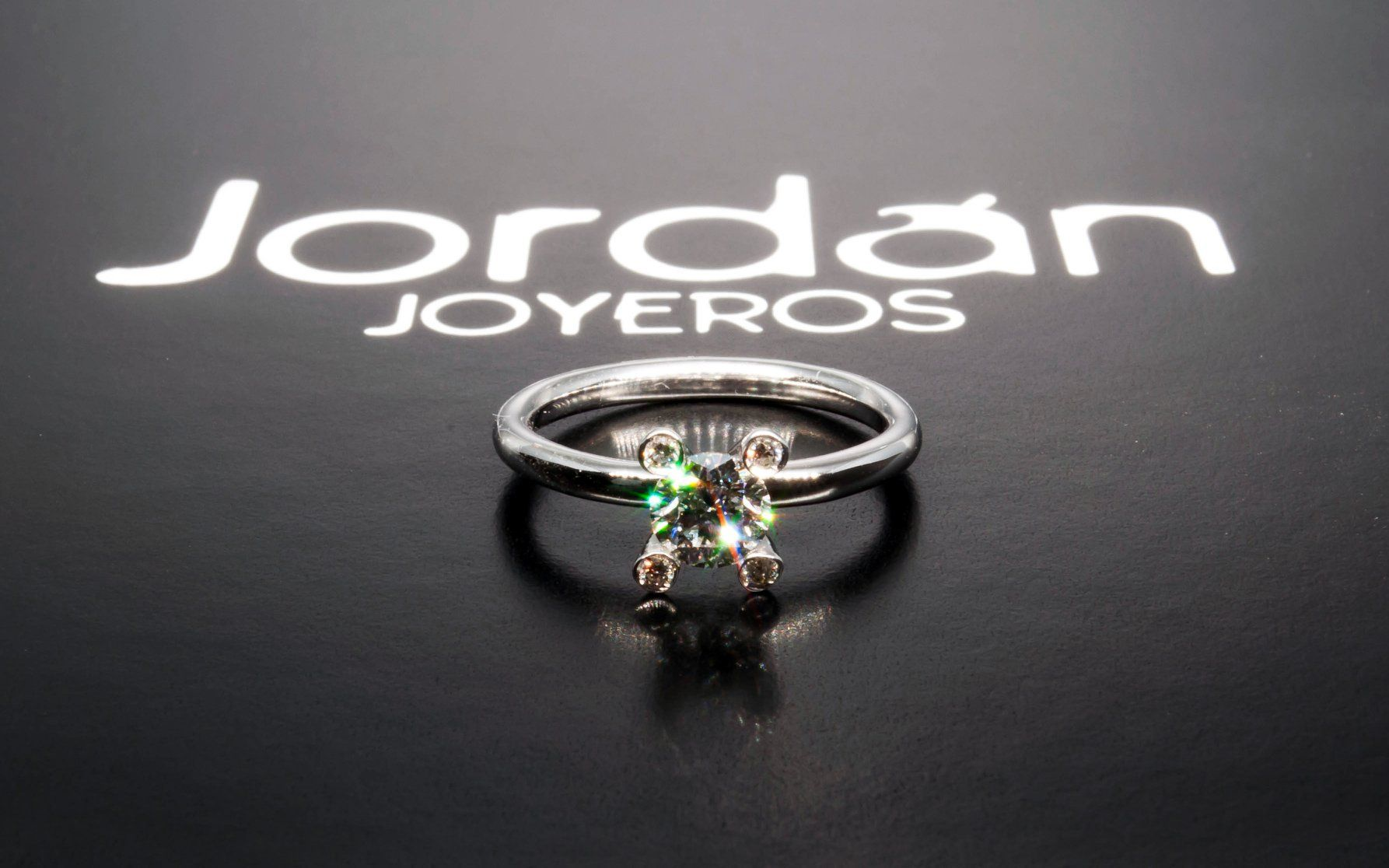 78f42fa59333  JordanJoyeros  Fabricantes  diseño  design  sortija  ring  oroblanco   whitegold  solitario  diamante  diamond  brillante  brilliant  amoreterno  ...
