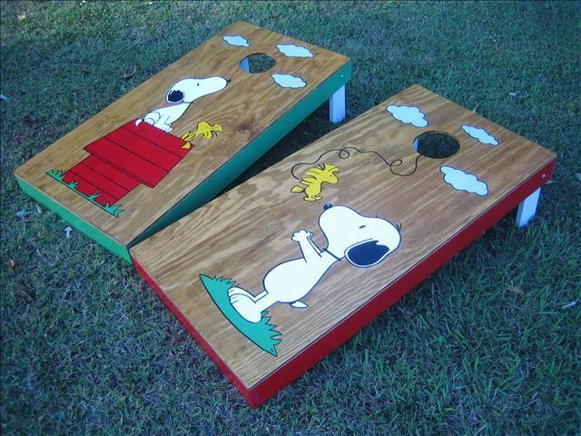 Snoopy bean bag toss