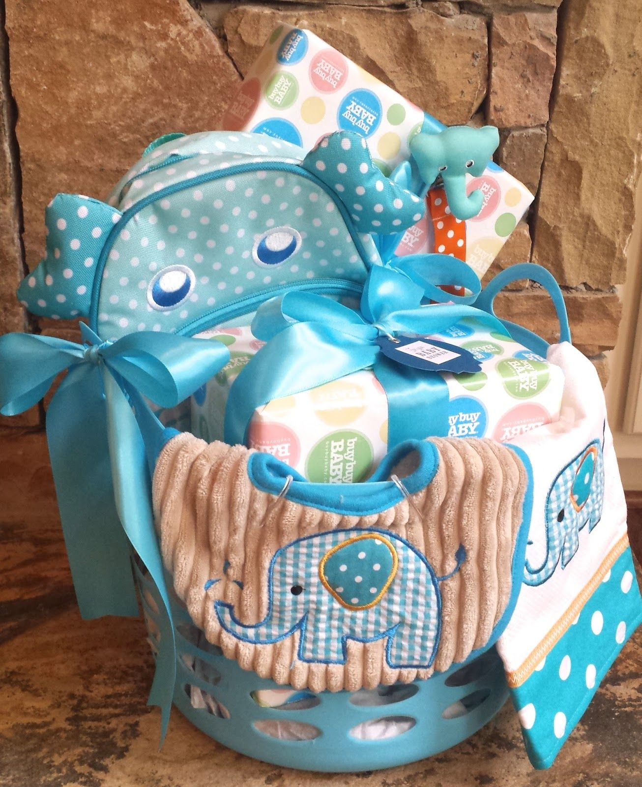Tips for arranging gift baskets elephant baby shower basket homemadeville craft and diy tutorials party decor ideas how to videos tips for arranging gift baskets elephant baby shower basket negle Images