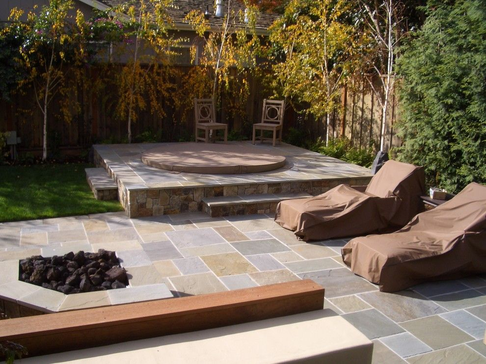 Aesthetic landscape traditional design with grass hot tub for Garden design ideas hot tubs