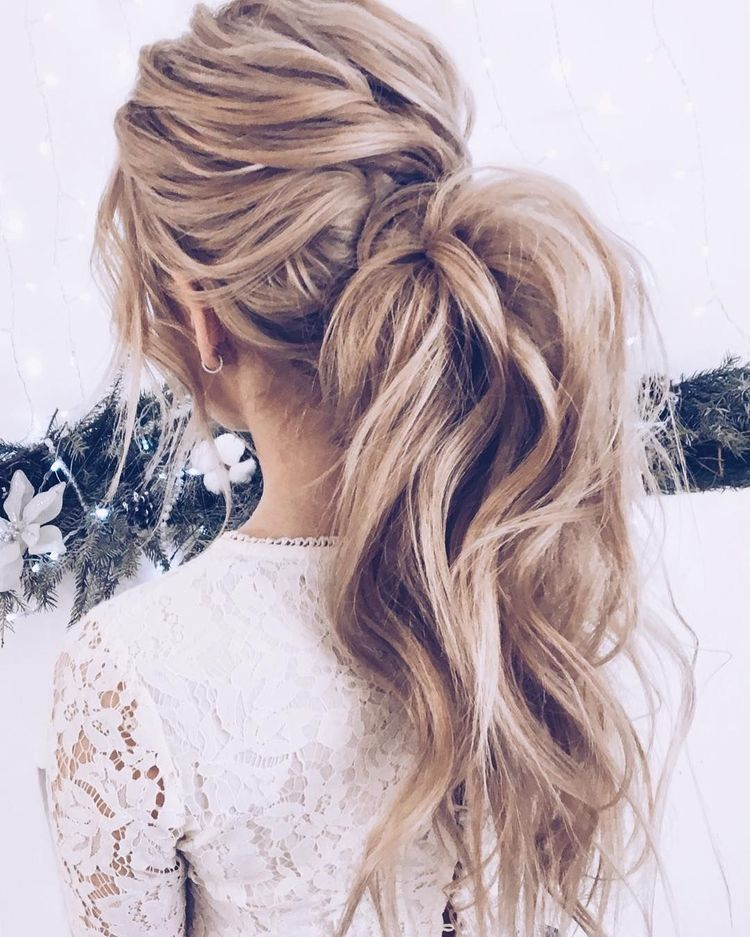 Pin by Jessica Wnek on Hair styles | Messy ponytail hairstyles, Ponytail hairstyles, Wedding ...