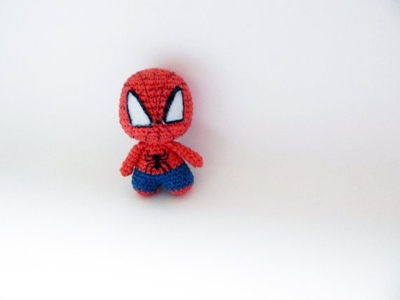 Spiderman Crochet Plush toy. Doll keychain - YouTube | 428x570