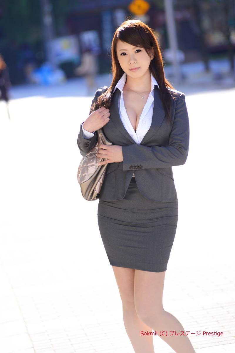 桜花りり_働くオンナ獲り 22 SP桜花りりプレステージ | スーツ レディース ...