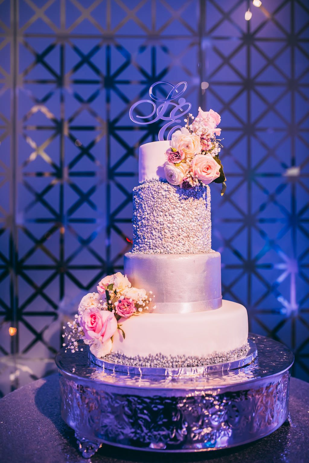 Cascading Bouquets And Their Cake Counterparts A Styled Shoot