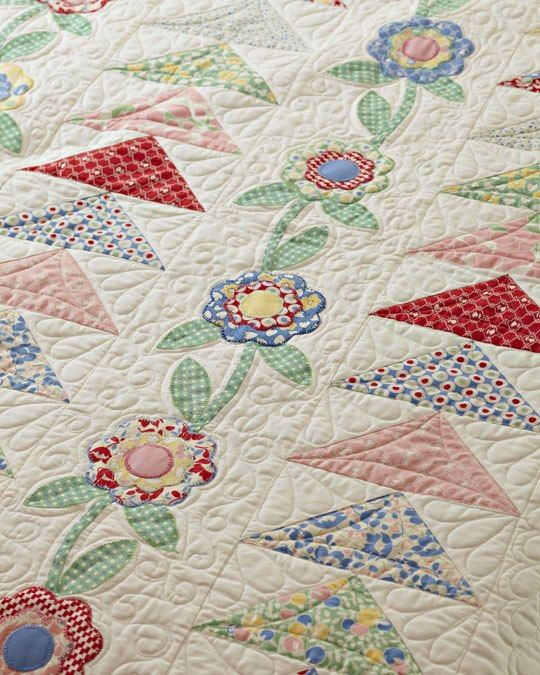 Need to pull out my 30 s fabric. Quilting Pinterest Fabrics, Flying geese and Patchwork