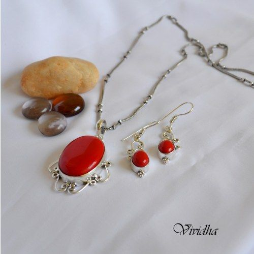 Red Coral Stone Long Chain with Pendent and earrings