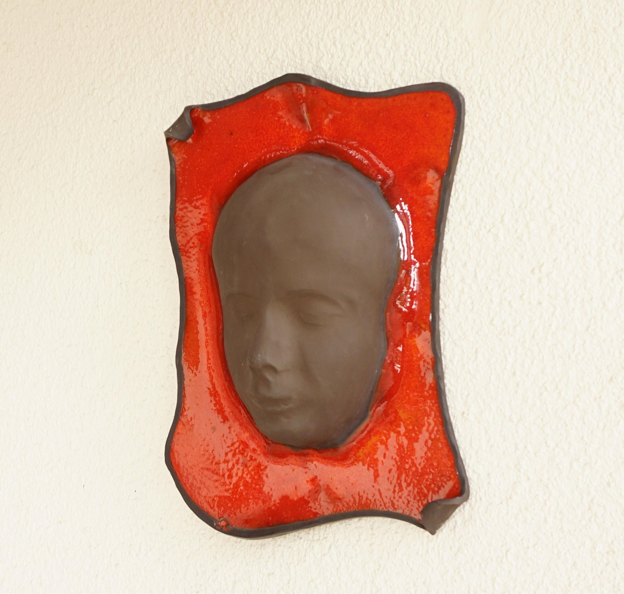 08549478373f Ceramic wall mask