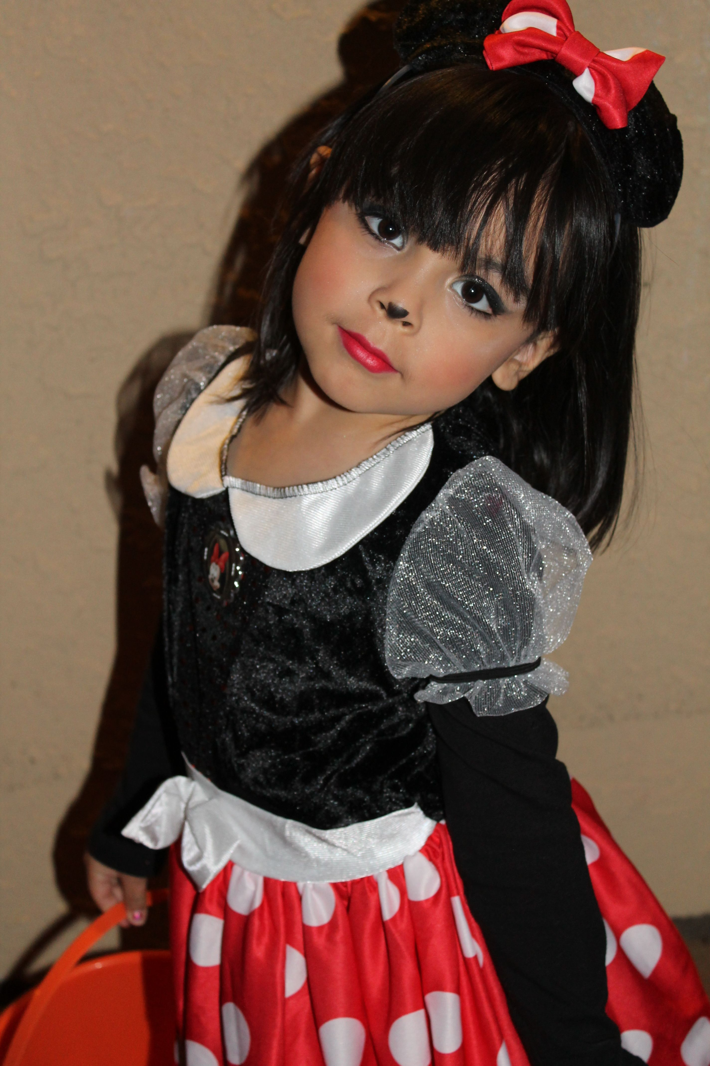 Minnie Mouse Costume Plus Make Up! Very Easy To Get This Look ! | The Look For Little Girls ...