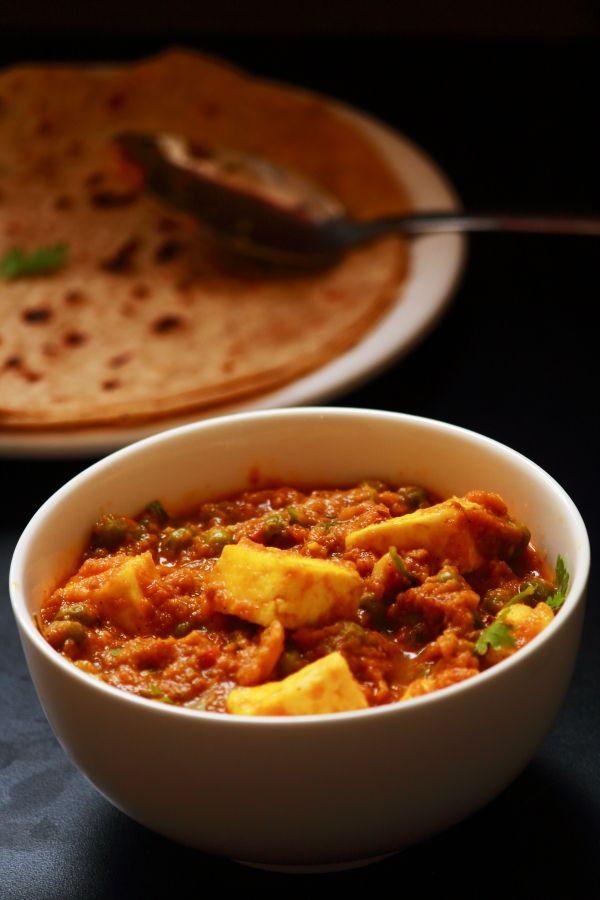 recipe: aloo matar paneer (simmered potatoes with peas and paneer) [29]