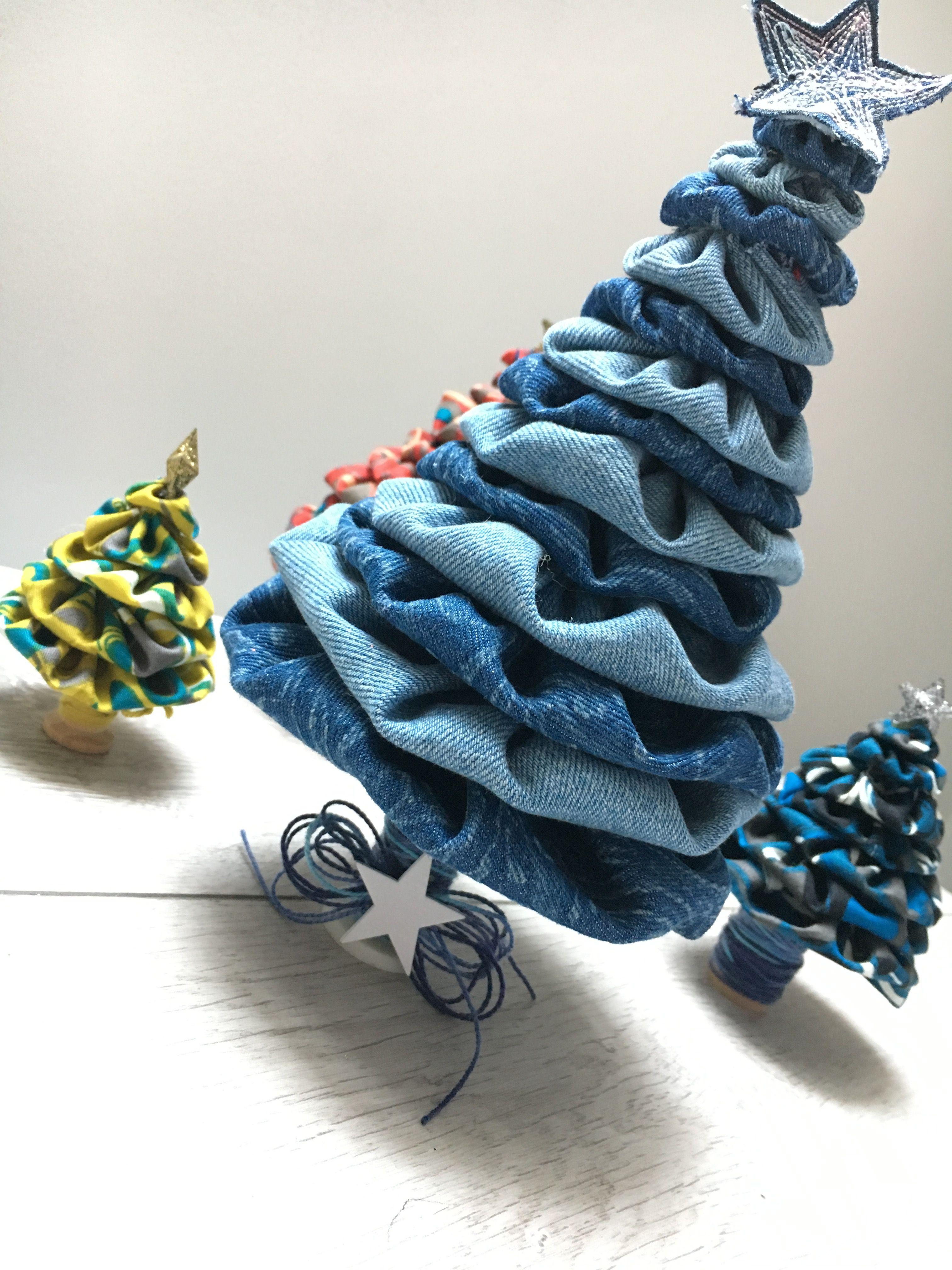 Addobbi Natalizi Jeans.Diy Tutorial Realizza Un Alberello Di Natale In Tessuto Https Youtu Be Xmhabrnt1dy Artigianato Denim Idee Per Decorazioni Natalizie Fai Da Te Jeans
