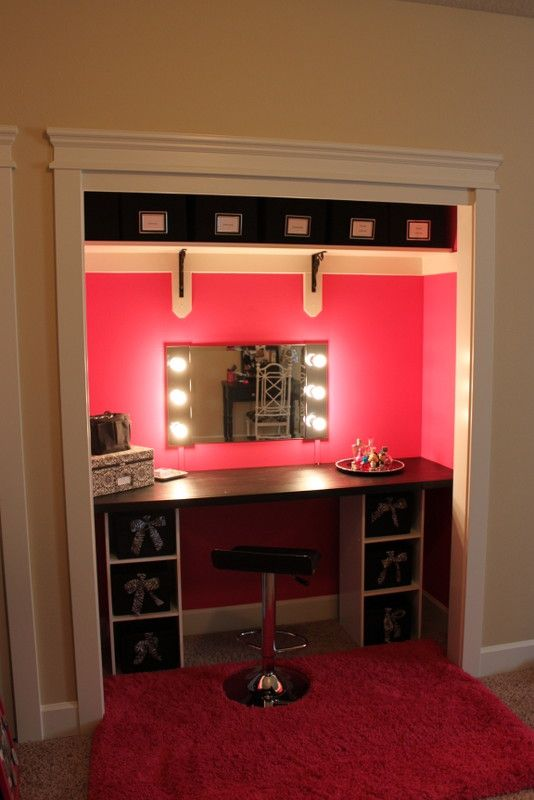 23 diy makeup room ideas organizer storage and decorating vanities room ideas and makeup. Black Bedroom Furniture Sets. Home Design Ideas