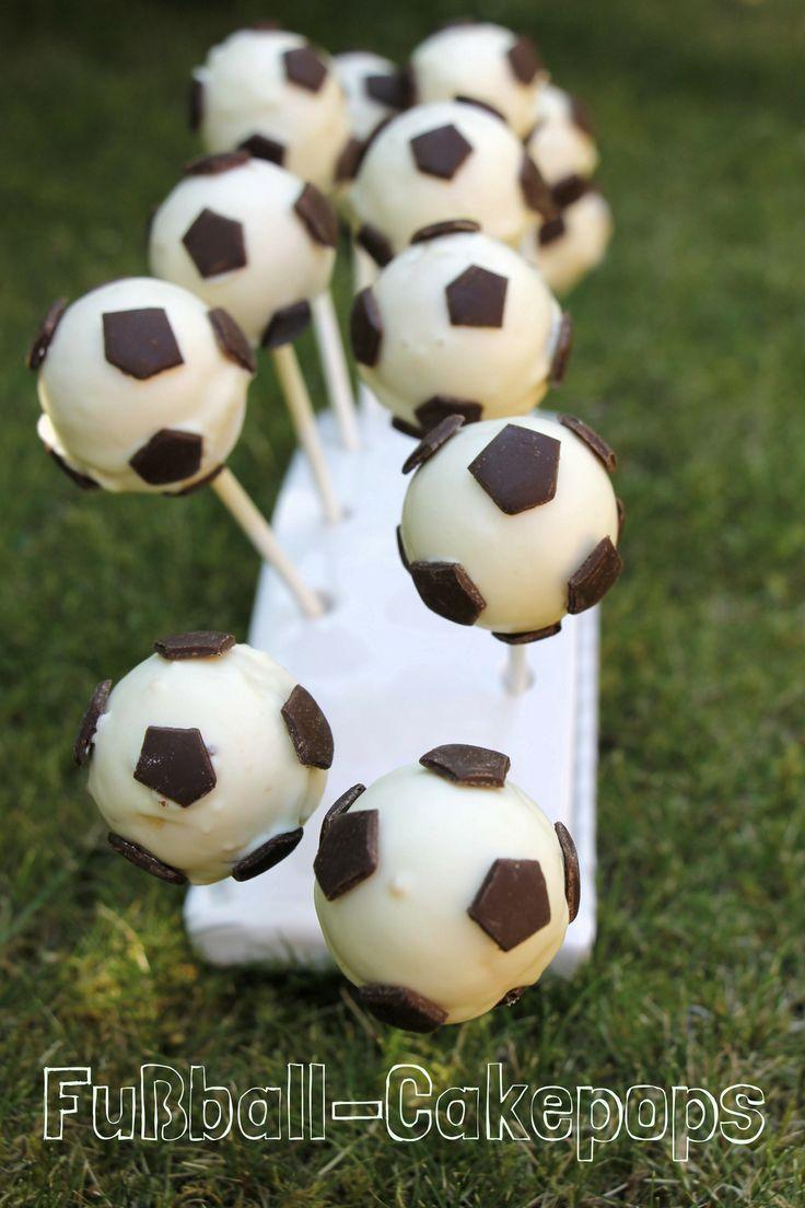 Süße Snacks zur EM: Fußball-Cakepops und Fußballmuffins (inkl. Gewinnspiel) - Lavendelblog