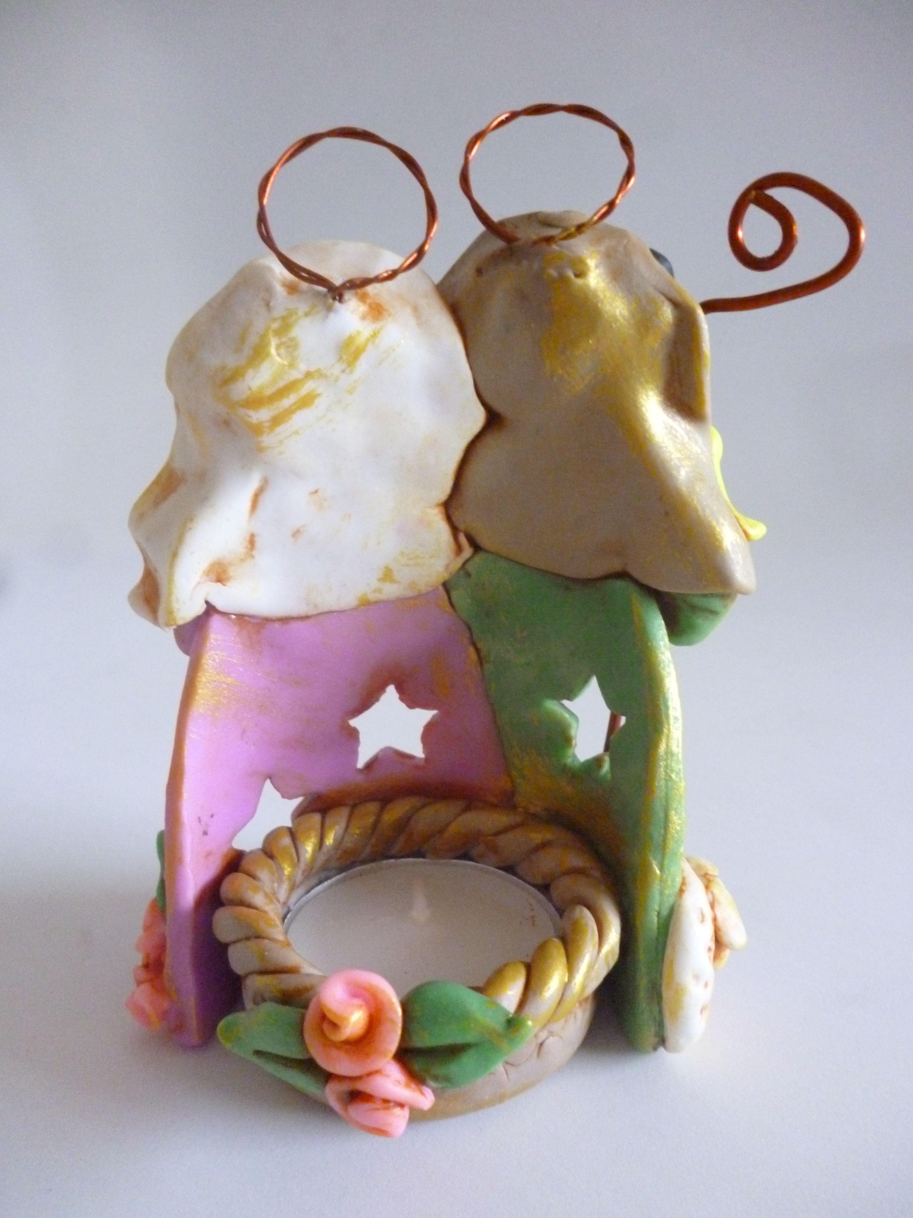 Pesebrito porta velita tecnica envejecida en porcelana - Porta velas navidenas ...