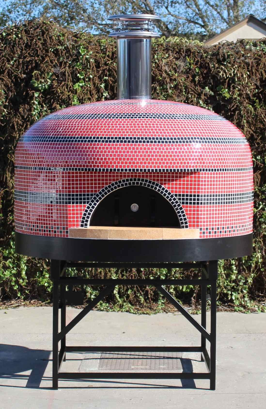 Portable wood fired pizza oven for sale - This Commercial Gas Pizza Oven Ensures Efficient Cooking And Comes Fully Assembled Purchase Yours